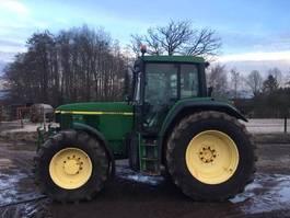 trattore agricolo John Deere 6910 TLS 2001