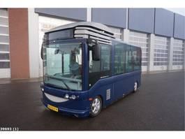taxi bus Gruau 10 persoons + 1 rolstoelplaats 2008