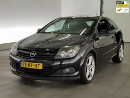легковой автомобиль купе Opel Astra GTC 2.0 turbo sport airco 2005