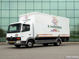 closed box truck > 7.5 t Mercedes Benz 815 EURO 3 LEAF SUSPENSION MANUAL GEARBOX 2001