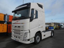 cab over engine Volvo FH 2015