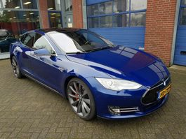 hatchback car Tesla MODEL S 90D 4x4  430pk Free Superchargers,Par.dak.ex BTW 2015