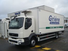 refrigerated truck Volvo FLL (D7) 4x2 2010