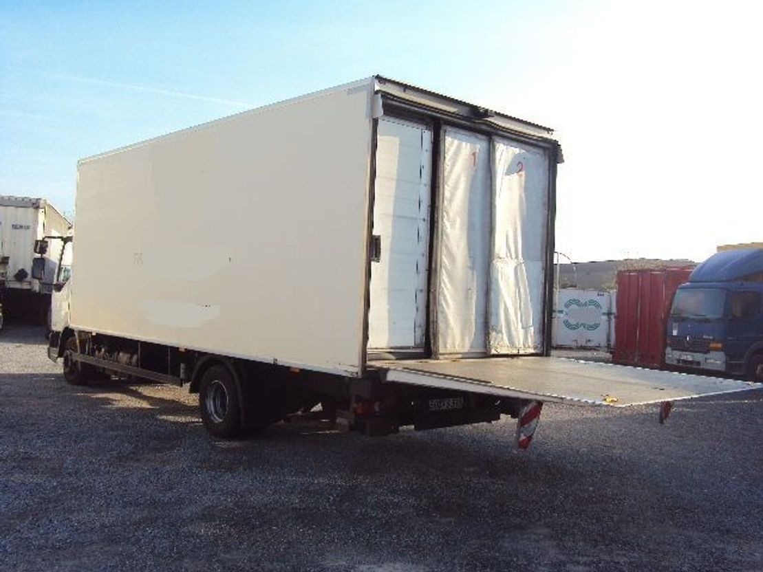 closed box truck > 7.5 t DAF 45 Tiefkühl 11,9 to EEV BL Schalt ThermoKing 2012