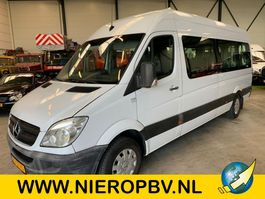 minivan – bus osobowy Mercedes Benz sprinter 311cdi 9 persoons met invalide lift 2007