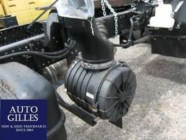 Engine truck part Isuzu Luftfilterkasten N-Baureihe 2012
