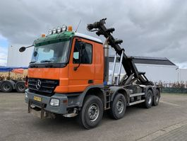 container truck Mercedes Benz 4141K ACTROS 8X4 CHAIN SYSTEM 2007