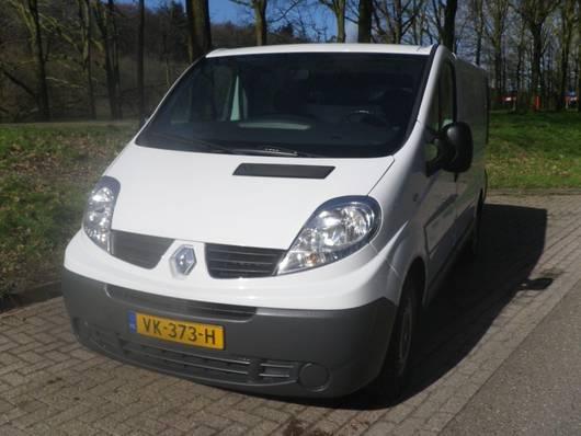 закрытый ЛКТ Renault TRAFIC   GB 2.0dCi 90PK L1H1 2014