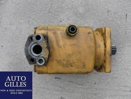 miscellaneous attachment Liebherr Hydraulikmotor Fahrantrieb LMF 67 1986