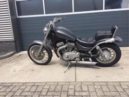 motorcycle Suzuki intruder VS700 1987