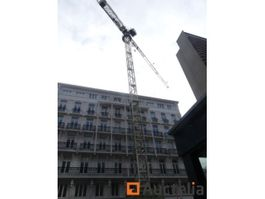 static tower crane Wolff 4517 city 2010