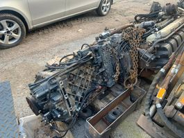 Engine truck part Renault DC11 moottori sekä ZF vaihteisto