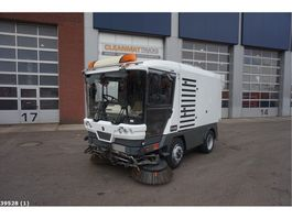 Road sweeper truck Ravo 540 Euro 5 2012