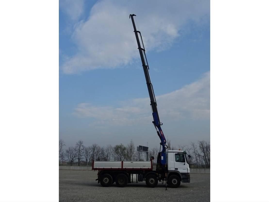 crane truck Mercedes Benz ACTROS  3244