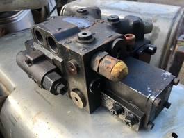 Hydraulic system truck part MAN HYDRODRIVE VALVE BLOK /VENTIL (P/N: 81.67580-6105)