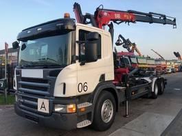 samochód do przewozu kontenerów Scania P320 + HMF 1580 T3 2011 2011