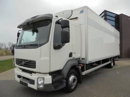 closed box truck > 7.5 t Volvo FL240 / Heated Box / 156.000 KM / Loading PLatform / Euro 5 2013
