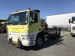 camion con telaio cabinato DAF 75 - 260 2005