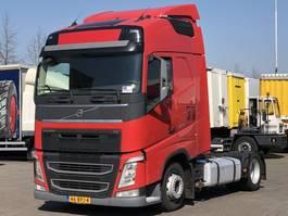 ciągnik siodłowy mega pojemny Volvo FH 420 EURO 6 GLOBETROTTER LOW DECK 2014