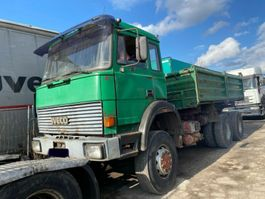 andere LKWs Iveco 330.360.260.Meiller Tipper 6X6.Manual
