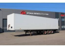 closed box semi trailer Schmitz Cargobull Box with 2.500kg lift 2010
