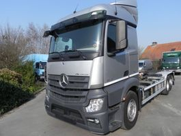 container truck Mercedes Benz Actros 2542L Euro 6  6X2 Containerhaak 2014