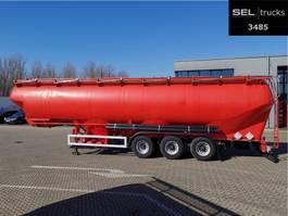 tank semi trailer semi trailer Feldbinder EUT 57.3 / 57 m3 / 4 Kammern / Futtermittel 1991