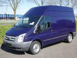 véhicule utilitaire léger fermé Ford TRANSIT 2.2 tdci l2h2 2013