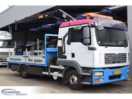 platform truck MAN TGL 12.240, HMF 503 K2, Euro 4, 11990 kg, Truckcenter Apeldoorn 2008