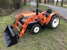 сельскохозяйственный трактор Kubota B1702 met voorlader
