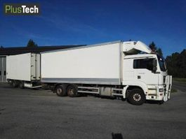 closed box truck > 7.5 t MAN TGA 26.360 2004