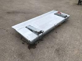 refrigerated semi trailer Chereau Dhollandia laadklep plateau verzinkt ondervouwklep 2020