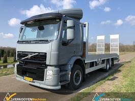 car transporter truck Volvo FE 260 2009