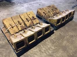 разные навесные орудия Caterpillar TIP 6I8802