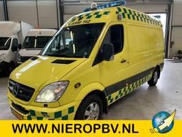 sanitní lehké užitkové vozidlo Mercedes Benz sprinter 315cdi ambulance airco 2007