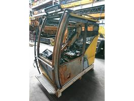 Díl vnitřního prostoru díl pro nákladní vozidla Liebherr LTM 1060-2 upper cab
