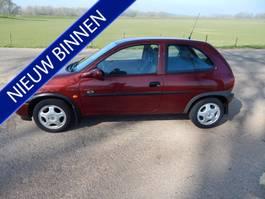 hatchback car Opel Corsa 1.4i Sport UNIEK!!! 1998