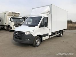 closed box truck > 7.5 t Mercedes Benz Sprinter 316 CDI SUOMI 2019