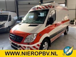 sanitní lehké užitkové vozidlo Mercedes Benz sprinter 318cdi ambulance airco 2008
