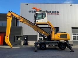 material handler Liebherr LH 30 M Industry 8.500hrs 2013