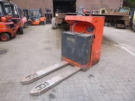 pallet truck Linde T-20-SF 2004
