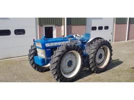 farm tractor Ford County 654 Super-4