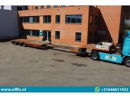 semi lowloader semi trailer Nooteboom 3-ass. Uitschuifbare semi dieplader // 3x gestuurd 2003