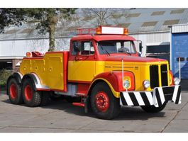 tow-recovery truck Scania LT110 1969