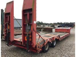 lowloader semi trailer Goldhofer 2 Achs. Tiefbett Auflieger mit Rampen 2010