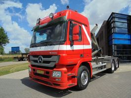container truck Mercedes Benz ACTROS 2544 Hook / Euro 5 / NL Truck / 6x2 / Super Condition 2008