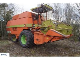 other agricultural machine Dronningborg D4000S combine harvester 1984