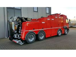 tow-recovery truck Volvo FMX 540 8x4 Globetrotter