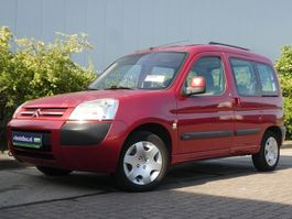 all-terrain - 4x4 passenger car Citroen BERLINGO 2.0HDI 2004