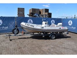 bateau à moteur Valliant V-450